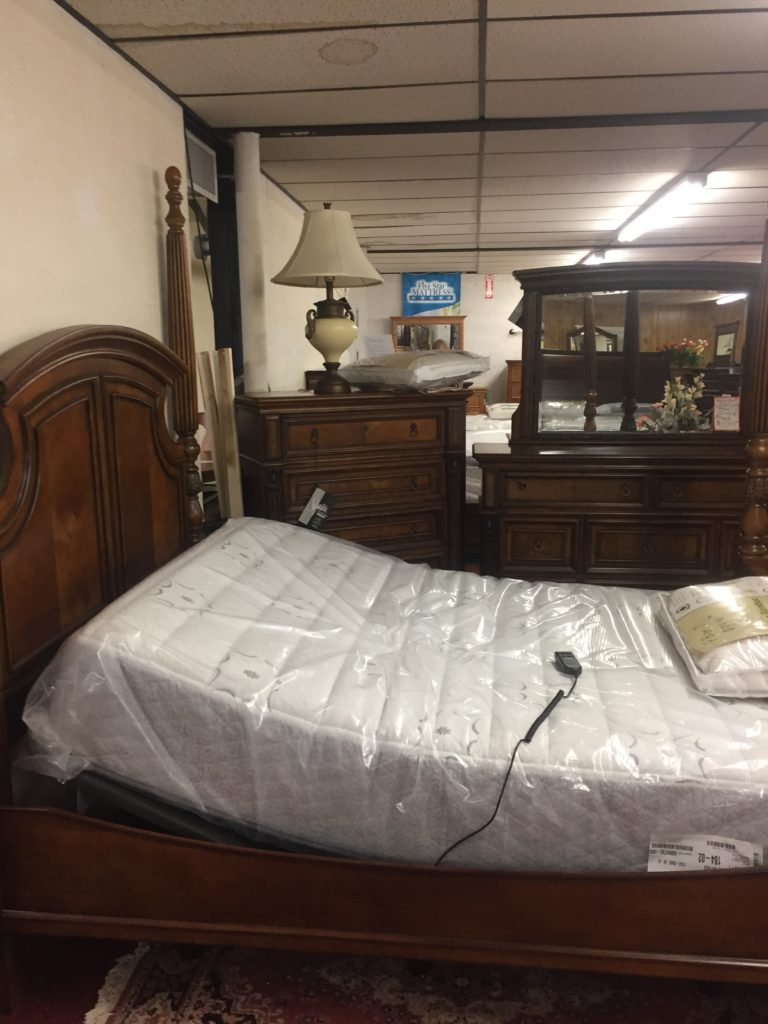 Shown with Adjustable Bed